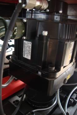 Оптический волоконный лазер UMEC 1325В с источником 300 Вт